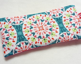 Eye pillows, relaxation, meditation, wellness, lavender, flax seed, wellbeing, mandala, turquoise, pink, lime