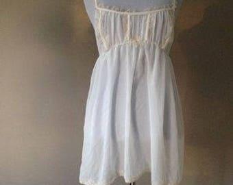 L / Victoria's Secret Babydoll White Chiffon Nightie Lingerie / Large