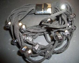 Velo Urarmband with magnetic clasp 20 cm - black