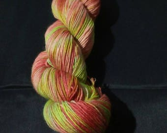 "100g strand hand dyed 4-fold socks wool ""flower meadow"""