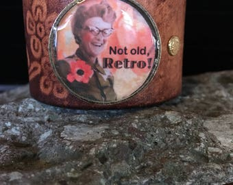 Not old, Retro! Leather cuff