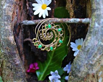 Brass Earrings With Crystals, Brass Earrings, Brass Jewelry, Green Jade Earrings, Green Jade Crystals, Crystal Earrings, Crystals Gems, Boho
