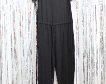 Vintage 80's Black Jumpsuit.(M) No Label Attached