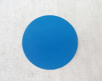 large round 6,5 cm fine leather, blue, for creation and customization