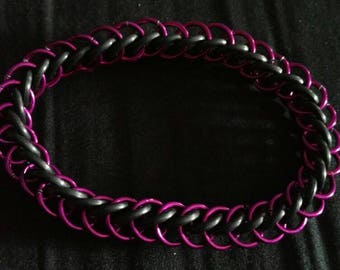 Purple and Black Stretchy Chainmaille Bracelet