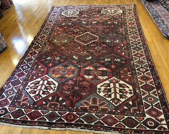 Persian rug semi antique very nice hand knotted wool  6.3 x 10.0