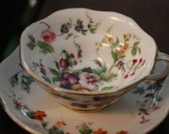 19th century French Porcelain Cup and Saucer with beautiful floral design, Hand painted porcelain cup and saucer, French antique cup saucer