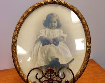 "Vintage Oval Frame 10"" x 12"" with Photo Picture Frame"