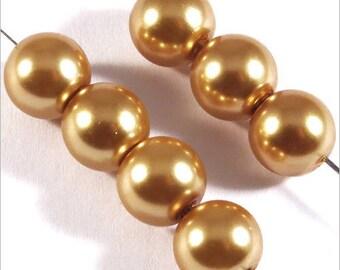 30 pearls 8mm gold Czech glass