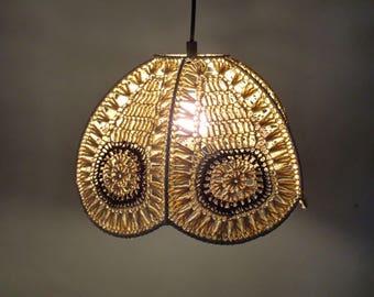 Retro hanglamp uit de 70er jaren - vintage seventies flower power lamp