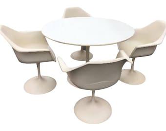 Mid-Century Eero Saarinen Style Tulip Dining Set