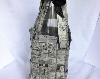 Comic Strip Wine Bottle Holder
