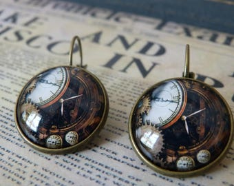 Earrings cabochon clock