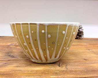 Cereal bowl strips white dots