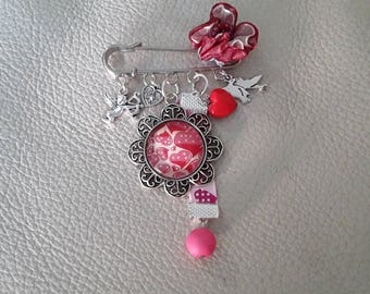 Cupid love heart safety pin style brooch
