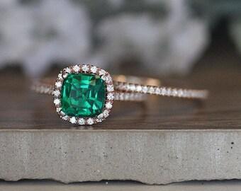 Rose Gold Emerald Ring, Cushion 8mm Lab Created Emerald Engagement Ring, Diamond Band, Bridal Ring Set, 14k Rose Gold Lab Emerald Ring