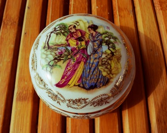 LIMOGES porcelain jewelry box - Made in France - candy box - japanese scene -