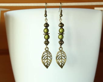 Earring Bohemian bronze leaf and khaki green magic Pearl