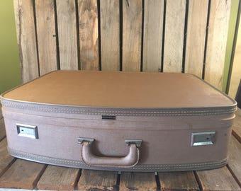 Vintage Large Wheary Blush Suitcase