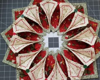 Holiday Fold N Stitch Centerpiece.  Made of Cotton Fabric and Pellon 71F Stabilizer
