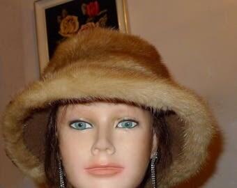 Beautiful vintage pastel mink fur hat with brim -  S  XS     -         Joli chapeau de vison pastel - Petit