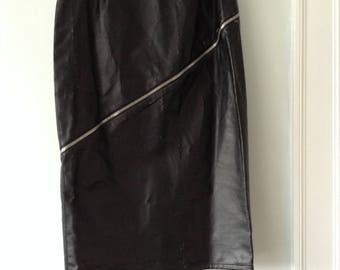Alexander McQueen Faux Leather Pencil Skirt with Zipper