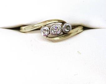 Vintage 18ct Gold & Platinum 3 Diamond Ring