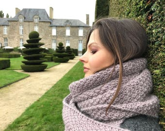 Chunky wool scarf. knitted  scarf. Knitted wool scarf. Wool scarf.
