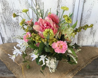 Spring or Summer Floral Arrangement, Vintages White Distressed Wood Box, Valentines Day, Mother's Day Arrangement, Wedding Centerpiece