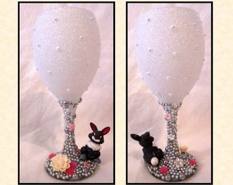 Thumper (From Bambi) Disney Inspired Glitter and Pearl Wine Glass ~