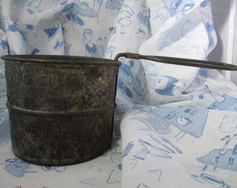 Vintage Tin Flour Sifter 2 Cup Rustic Decorative - Made in USA