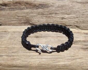 Man's bracelet - Mens bracelet - Leather bracelet - Black leather bracelet - Man's gift - Mens gift - Birthday gift - leather mens bracelet