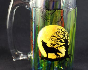 Hand Painted, Large, 26.5 Ounce Beer Mug  Howling Wolf