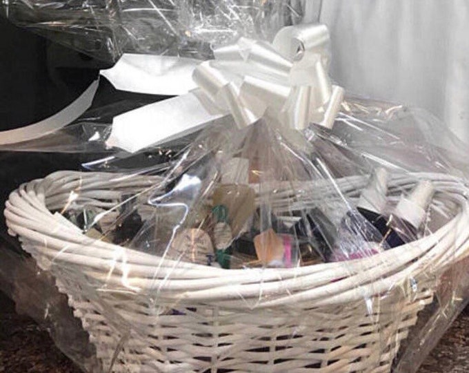 Organic Dog Gift Basket - Shampoo, Perfume, Itch Powder, Skin Salve, Flea Powder - CERTIFIED AROMATHERAPIST