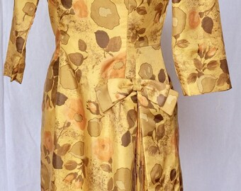 New old stock,1950s, dress,1960s,wiggle,pleated,detailed ,tailored,yellow,ochre,dress,wedding,evening