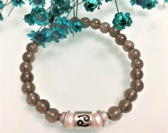 Cancer zodiac bracelet: Smoky quartz& Sweet water pearls