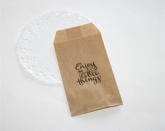 "10 Small gift pockets / Kraft bags ""Enjoy the little things"""