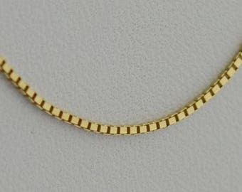 14k Yellow Gold Box Chain/necklace 18'' Long .7 Mm 1.8 Grams