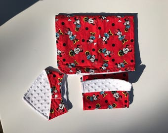 Minnie Mouse Bib, Blanket, and Burp Cloth Set