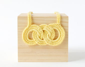 Yellow Link Crochet Necklace   Fun & Bright Womens Necklace, Crafty Necklace, Link Necklace, Crochet Necklace, Yarn Jewelry, Yellow Necklace