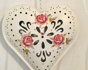 Emma Bridgewater Rose and Bee hand decorated hanging metal heart, shabbychic, homedecor, Mother's Day, womens gift, roses, wall decor,