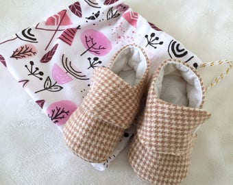 6-9 Months | Tan Houndstooth Baby Booties | Gender Neutral