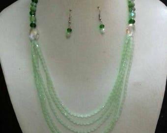 Light green marble beads