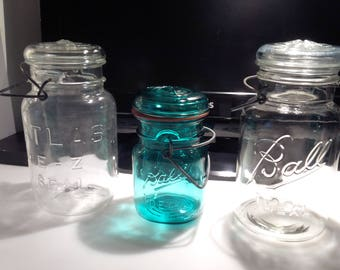 3 vintage canning «mason» jars : Atlas & Ball