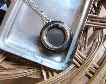 Long Necklace with pendant button recovery vintage