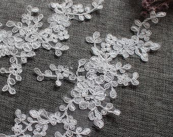 1 Pair Bridal Lace Applique Trim Appliques in Off White for Weddings, Sashes,   Headpieces, Veils, WL1493
