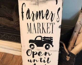 Farmers market sign / wood sign / rustic / farmhouse sign/ hand painted / instock