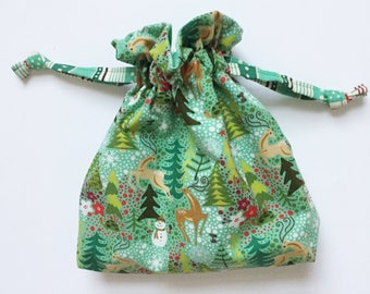 Drawstring Bag: Green Wonderland and Snowflake