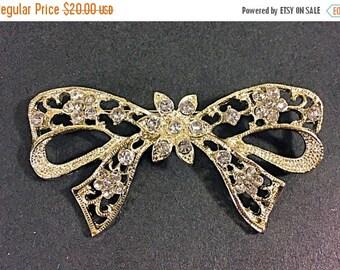 SALE Vintage rhinestone bow brooch