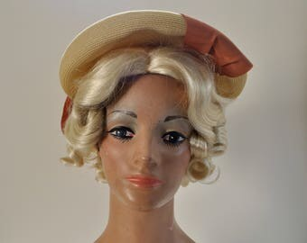 1940s Tan Straw Hat / Vintage 1930s Tilt Hat Beret Tam Style Ribbon Bow Orange Brown Beige Yellow Summer Asymmetrical / Sunnyland Hats 22.5